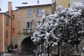 Fayence in the snow